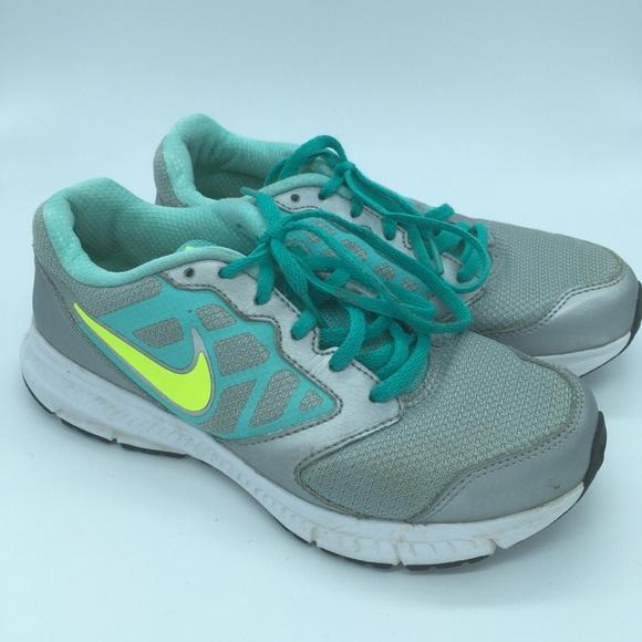 Nike Downshifted 6 - Girls sz 5Y - Grey and Green